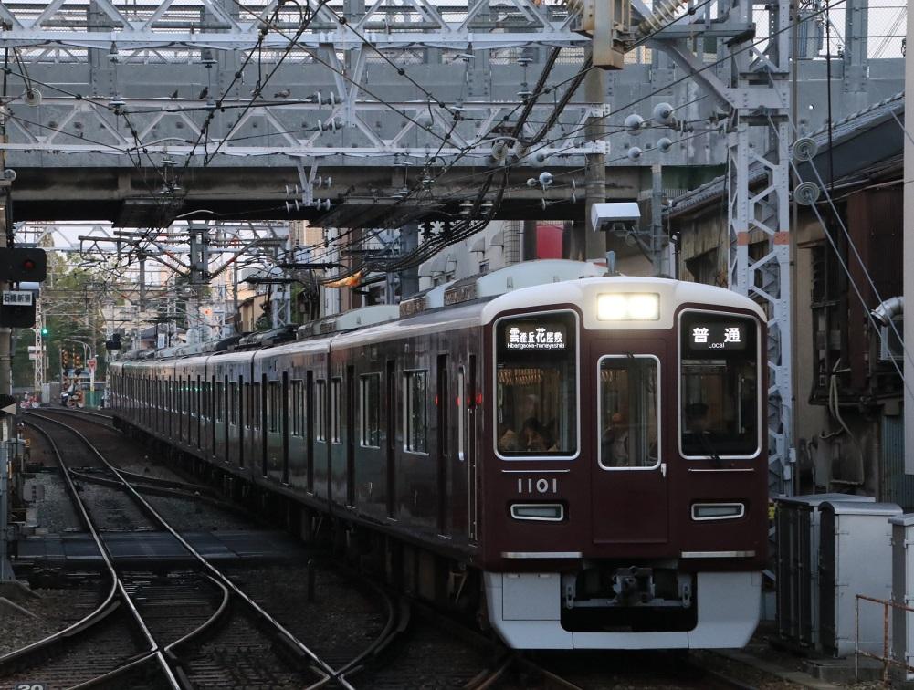 阪急1000系 1001F 夕方 普通運用_d0202264_11433327.jpg