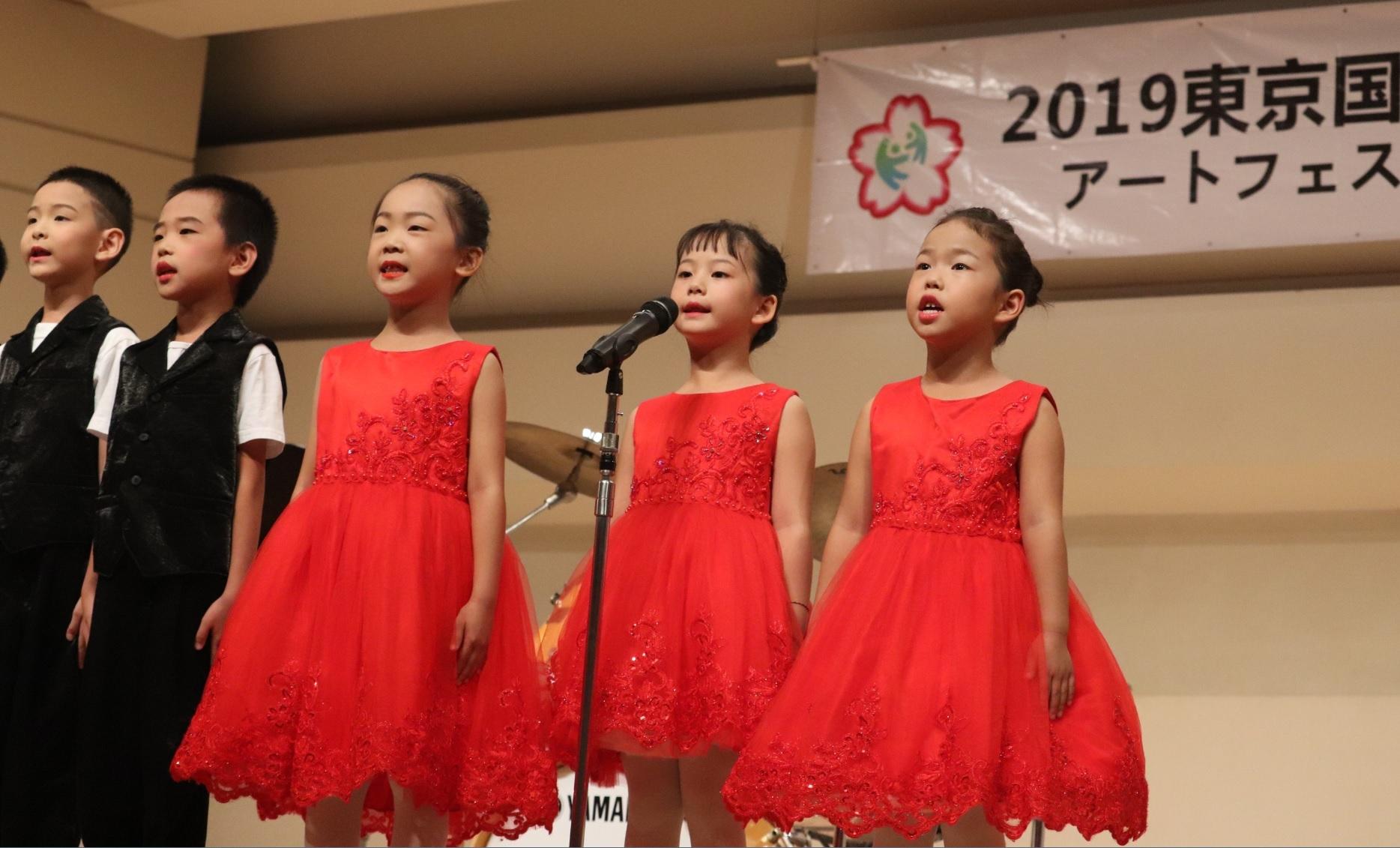 5歳の選手「緊張した」、日中の少年少女の芸術コンクールを都内で開催_d0027795_12494299.jpg