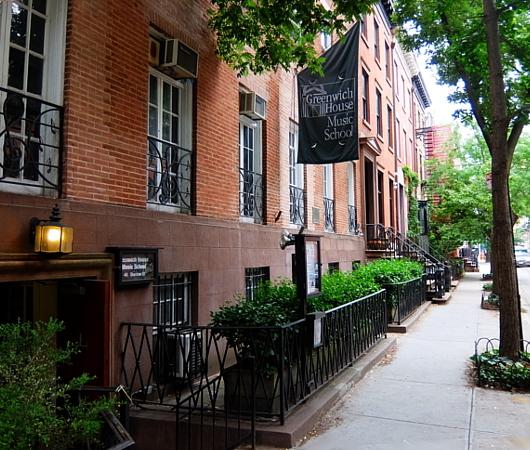 グリニッジ・ビレッジの住宅街に100年超の歴史ある音楽学校、Greenwich House Music School_b0007805_01510824.jpg