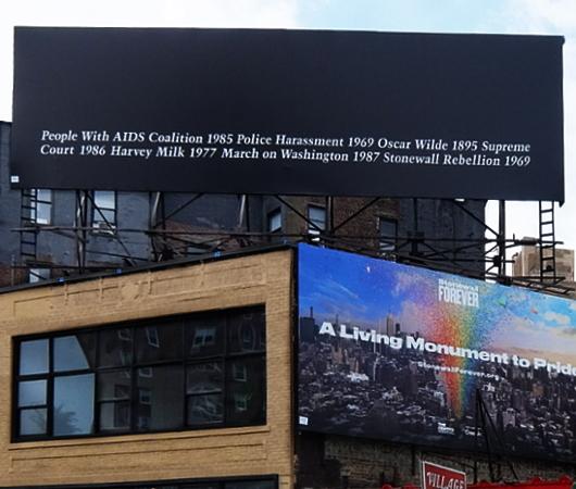 """パブリック・アート・ファンドが30年前の作品を再展示、Felix Gonzalez-Torres: \""""Untitled,\"""" 1989_b0007805_20123550.jpg"""
