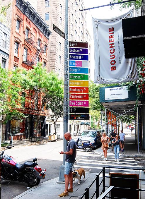 NYのゲイ・ストリートが、アクセプタンス・ストリート(Acceptance Street)へ改名_b0007805_23325544.jpg