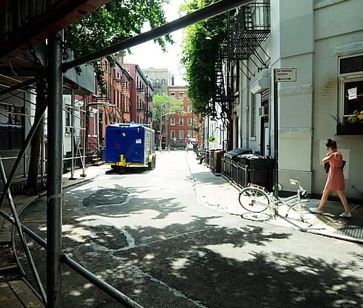 NYのゲイ・ストリートが、アクセプタンス・ストリート(Acceptance Street)へ改名_b0007805_23393590.jpg