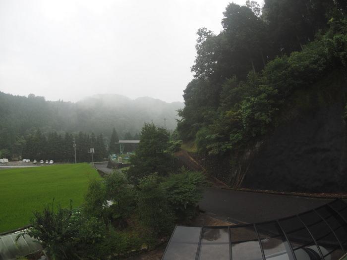曇りのち雨_c0116915_00073726.jpg
