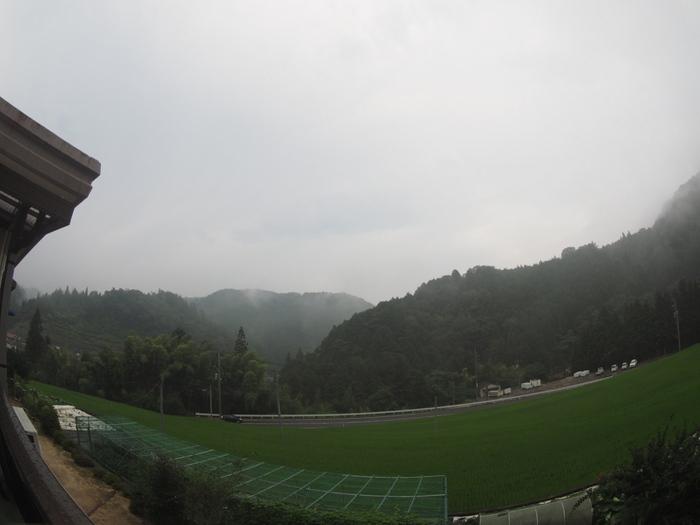 曇りのち雨_c0116915_00074568.jpg