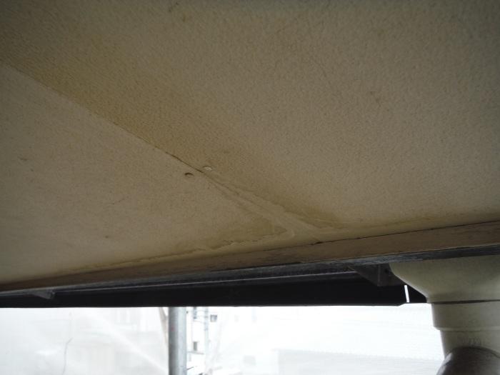 屋根・外壁 ~ 傷みが目立ってきたので。_d0165368_07571651.jpg