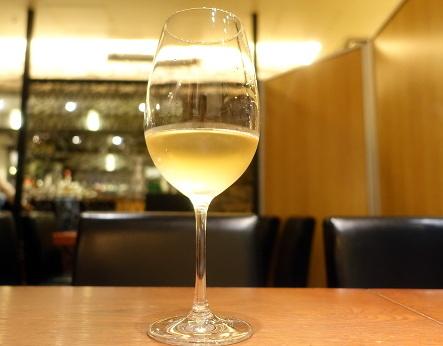フジマル食堂 @大阪駅直結のワイン食堂、15時の愉悦。_b0118001_07380086.jpg