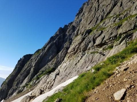 剱岳 チンネ左稜線・八ツ峰上半部_d0237801_21520993.jpg