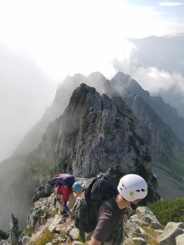 剱岳 チンネ左稜線・八ツ峰上半部_d0237801_22413285.jpg