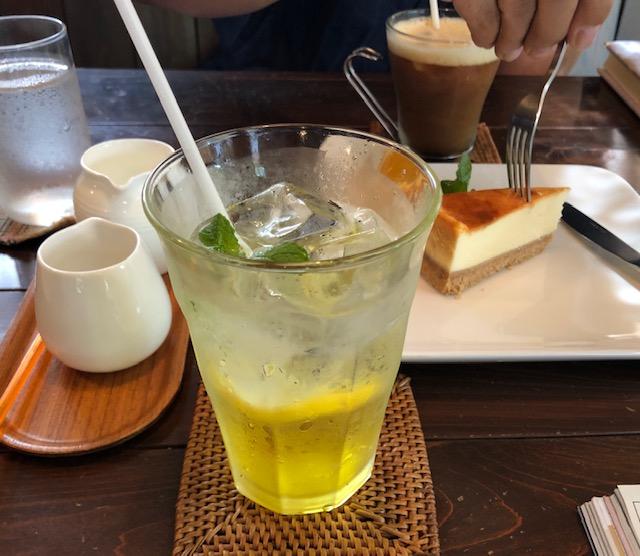 cafe AZUR カフェ アジュール!_a0161408_2175563.jpg