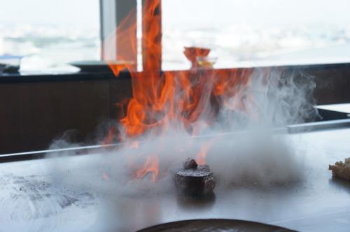 【鉄板焼 燔(新浦安)伊勢海老と国産牛フィレ肉のランチ】_f0215714_17043393.jpg