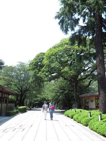 衣服は人生の設計図。靖国神社~銀座~横浜、歩コムの2日間。_d0046025_00040840.jpg