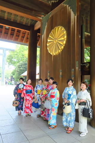 衣服は人生の設計図。靖国神社~銀座~横浜、歩コムの2日間。_d0046025_00053718.jpg
