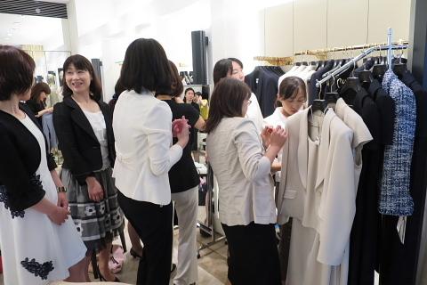 衣服は人生の設計図。靖国神社~銀座~横浜、歩コムの2日間。_d0046025_01023645.jpg