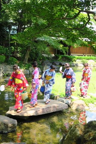 衣服は人生の設計図。靖国神社~銀座~横浜、歩コムの2日間。_d0046025_12183545.jpg