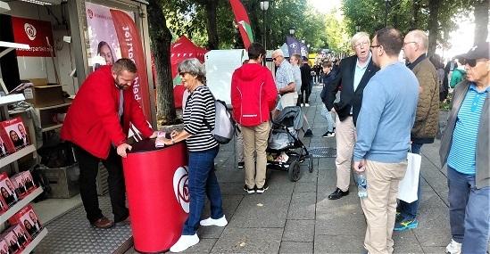 首都決戦 選挙キャンペーン(ノルウェー)_c0166264_08422946.jpg