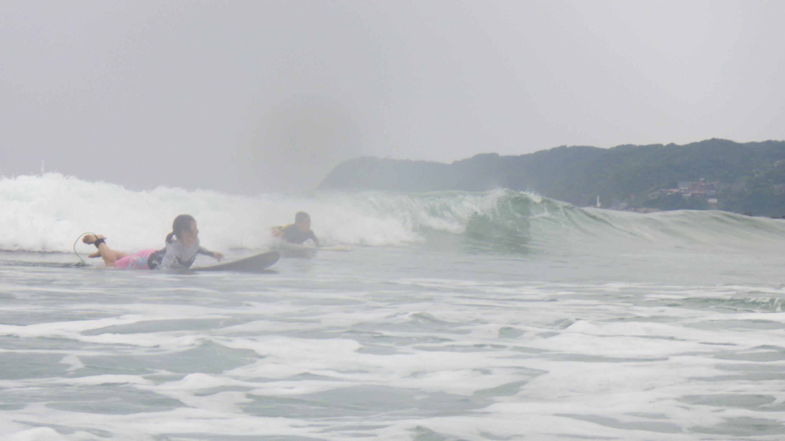 お母さんと一緒にサーフィンを楽しもう_f0009169_07383712.jpg