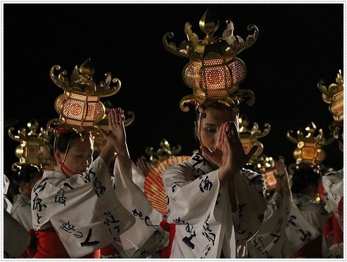 山鹿灯籠まつりの千人燈籠踊り、出かけて良かった、見られてよかった\(>∀<)/_b0175688_21531224.jpg
