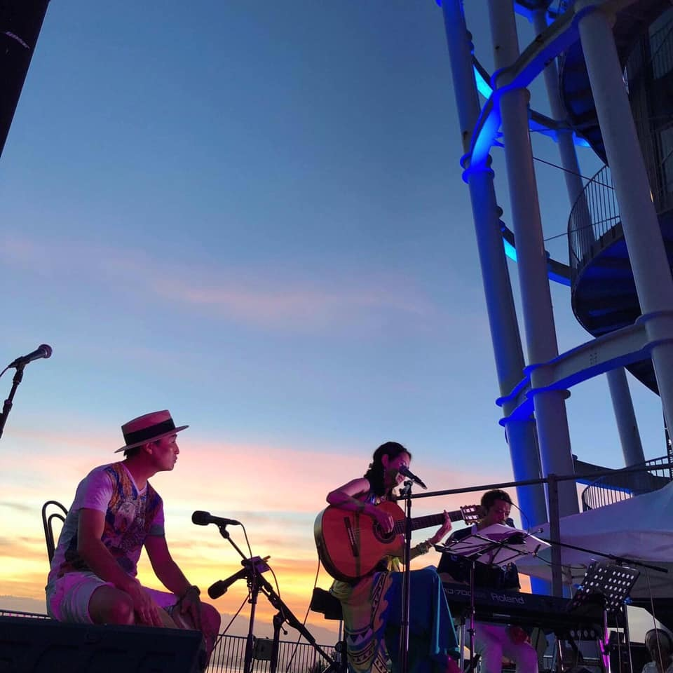 【レポート◉夕陽と海の音楽会】5年目。3日目をプロデュース、LIVE演奏、DJ #ブラジル #江ノ島 #シーキャンドル_b0032617_23520193.jpg