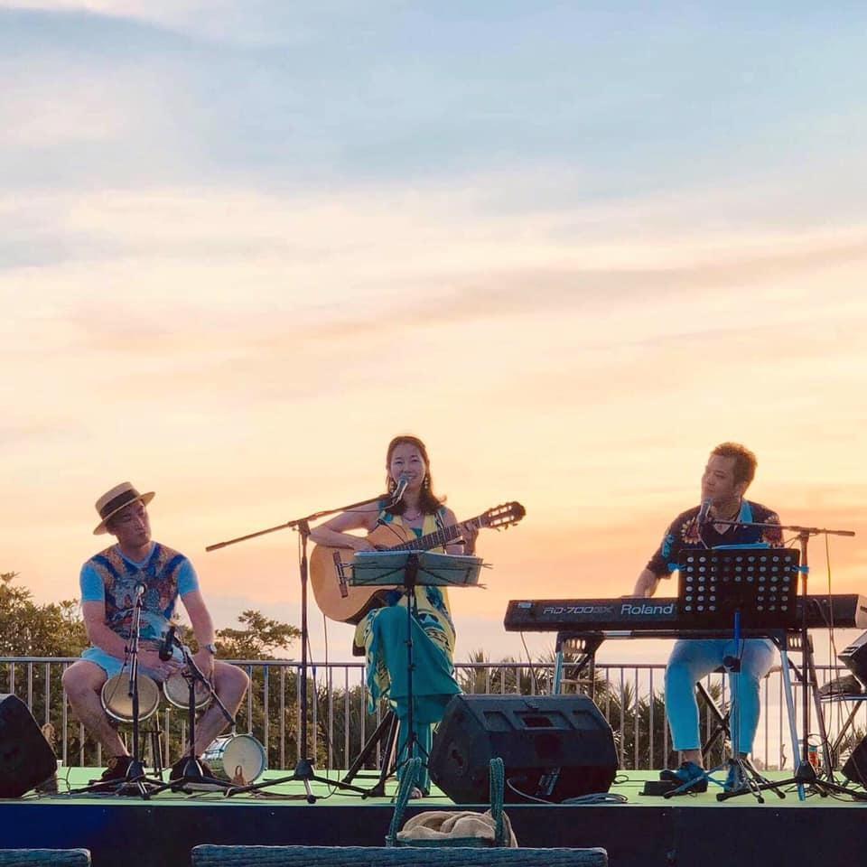 【レポート◉夕陽と海の音楽会】5年目。3日目をプロデュース、LIVE演奏、DJ #ブラジル #江ノ島 #シーキャンドル_b0032617_23520992.jpg