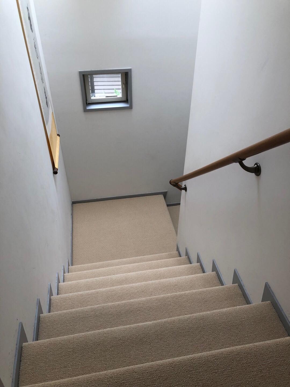 茶館の階段を取り換え_f0070743_23471842.jpg