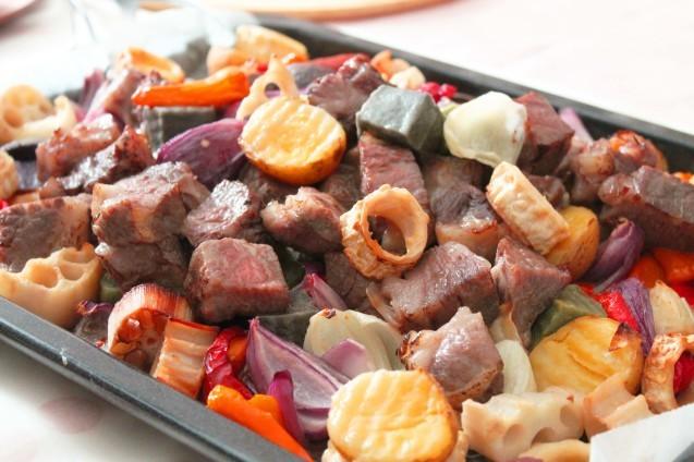 夏野菜と牛肉のぎゅうぎゅう焼き_d0377645_08542222.jpg