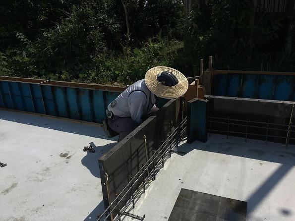 富塚 新川沿いの自然を望む天然素材の家 ★基礎工事、給排水工事_d0205883_06585210.jpg