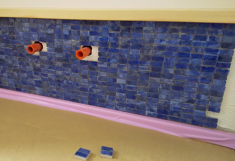 ストリップ階段と青いタイルと… 板橋の家_d0080906_16481484.jpg