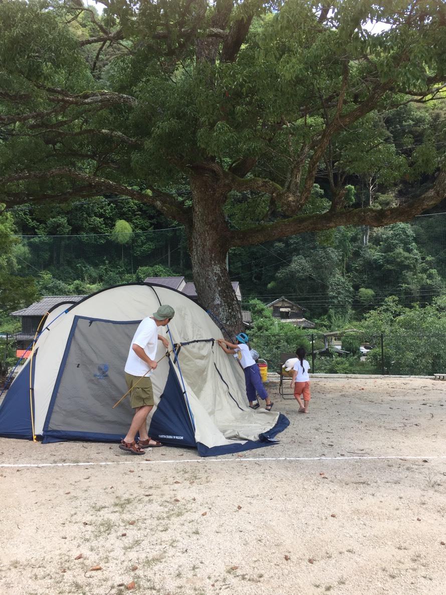 家族での初キャンプ、、、&来週の営業変更のお知らせです。_f0191324_09124800.jpg
