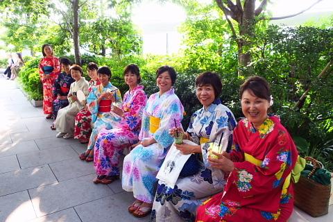 衣服は人生の設計図。靖国神社~銀座~横浜、歩コムの2日間。_d0046025_00260886.jpg