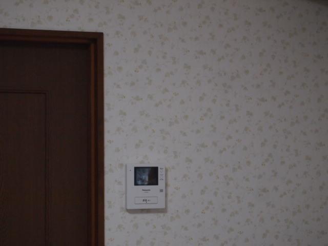 足立区H様邸内装クロス張り工事完了。_a0214329_21292134.jpg