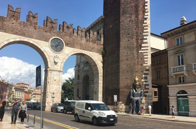 2019夏のイタリア旅行記19 ヴェローナへ。_d0041729_16501859.jpg