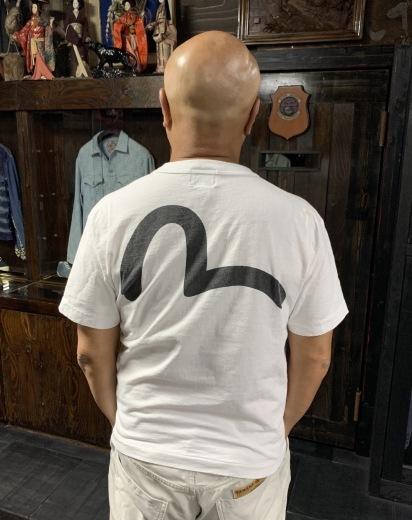 お土産?Tシャツ_a0154045_15470152.jpeg