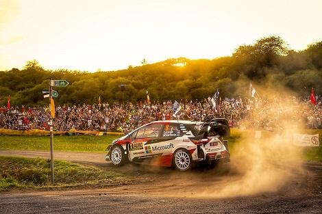 藤井七段は1勝1敗、桃田、奥原ベスト8、WRC第10戦スタート_d0183174_09444762.jpg