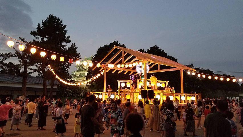 金シャチ横丁と盆踊り。_b0111376_03011344.jpg