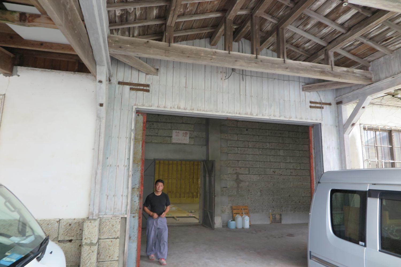 原寸チェックの場所は農協米倉庫_e0054299_16120370.jpg