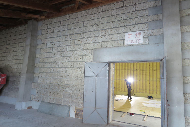 原寸チェックの場所は農協米倉庫_e0054299_16120631.jpg