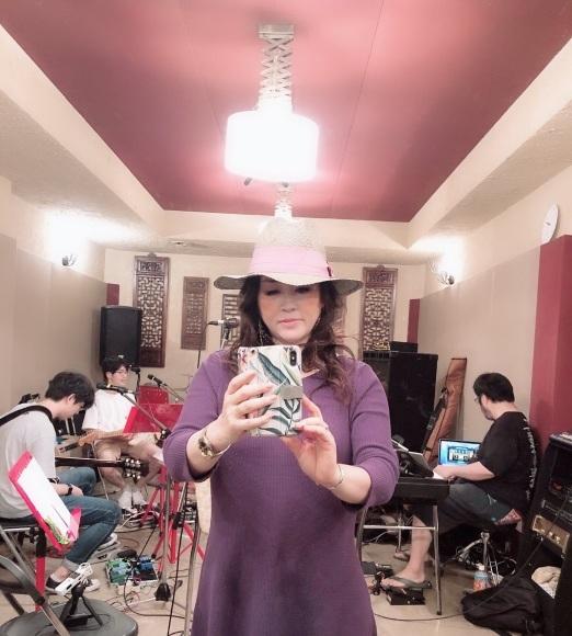 24日、Roxyレコ発LIVEにお越しの皆様へ_a0088007_02243588.jpg