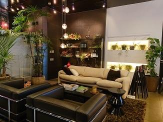 グリーンに囲まれるオフィス空間!_d0091909_09251089.jpg