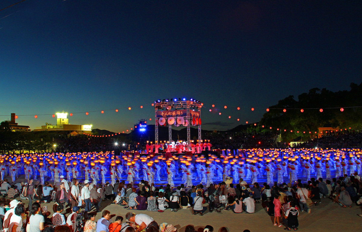 山鹿灯篭祭り。_b0044115_14150429.jpg