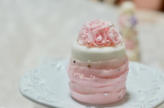 恋するクレイアートケーキ&アクセサリー_e0071324_06450471.jpeg