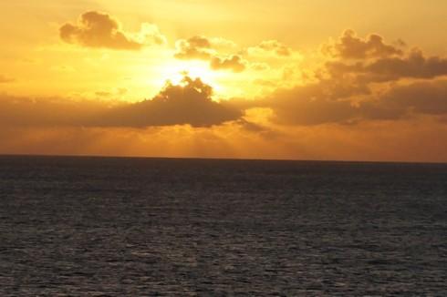 海に沈む太陽_f0055131_14194284.jpg