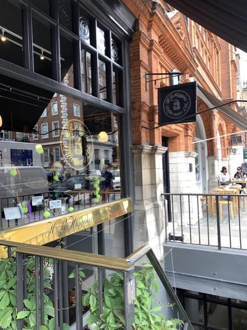 王室御用達のコーヒ&紅茶のお店ヒギンズ ロンドン_f0380234_04372244.jpg