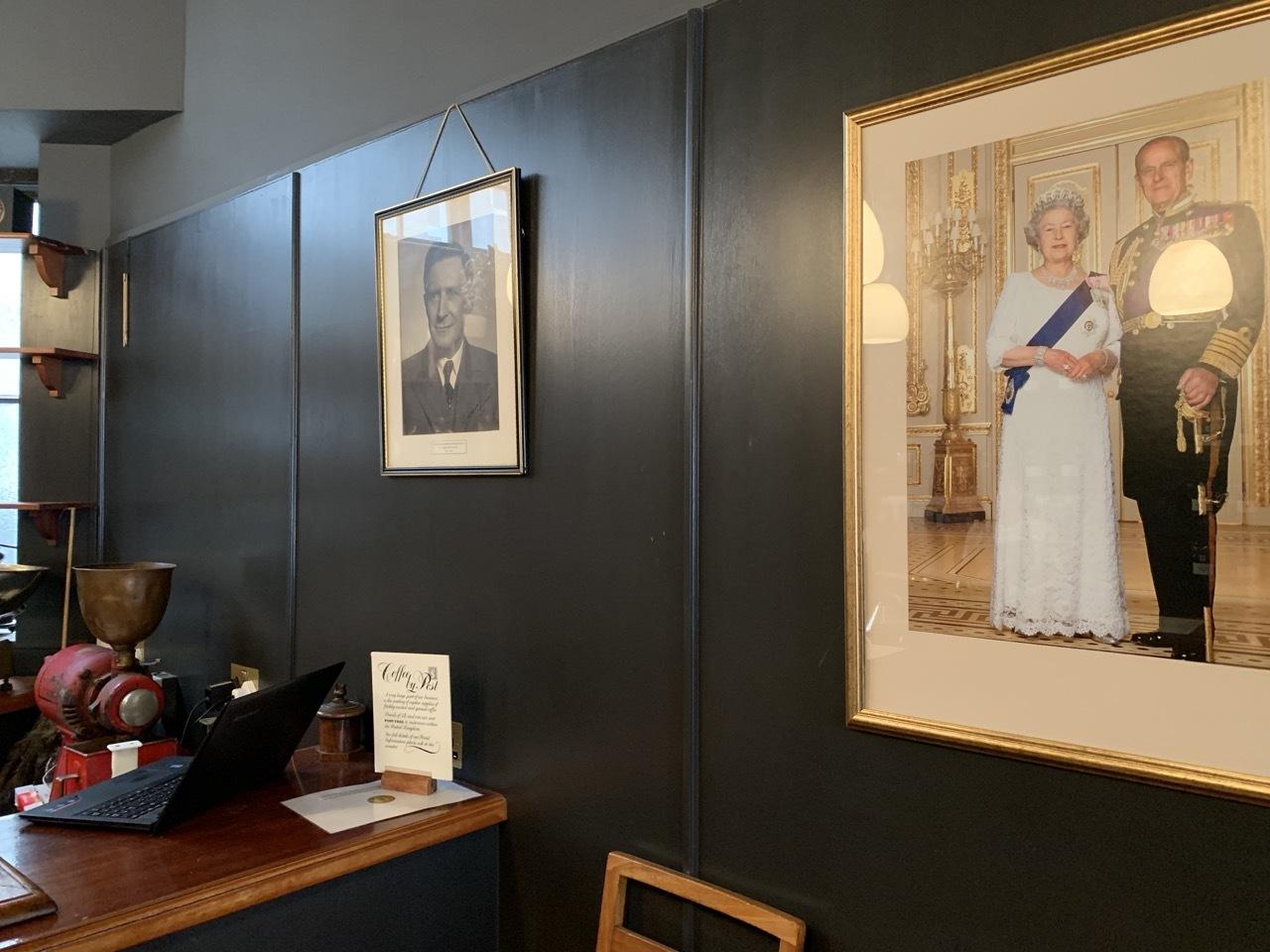 王室御用達のコーヒ&紅茶のお店ヒギンズ ロンドン_f0380234_04374769.jpg