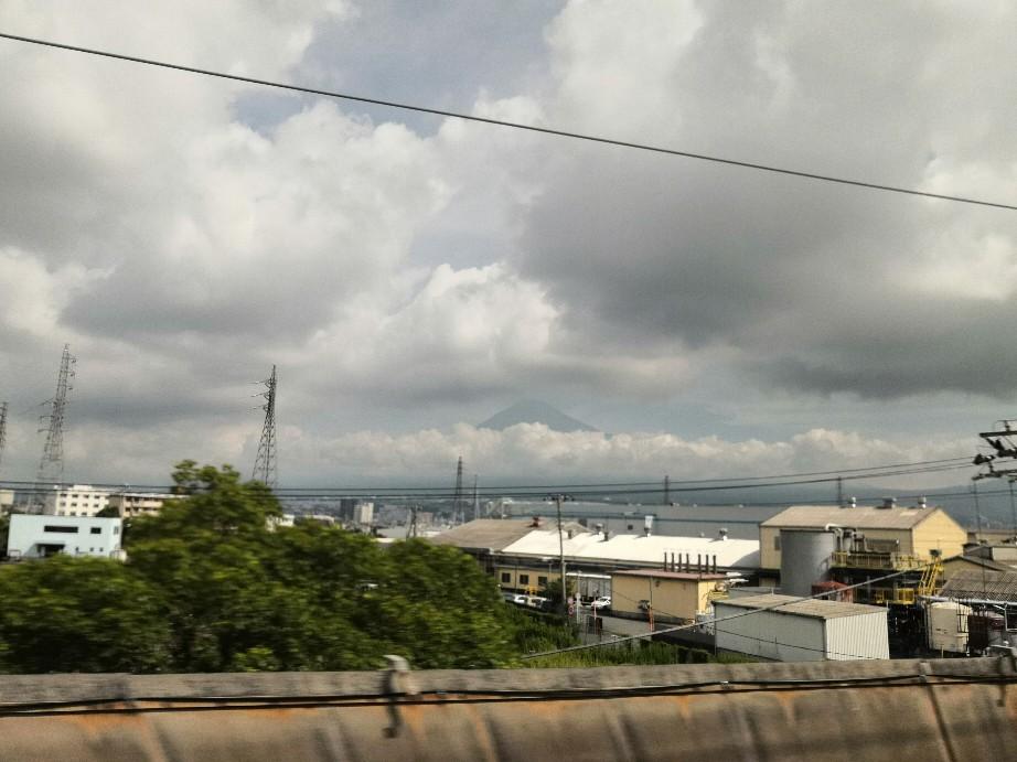 午後からの大阪での研修に向けて帰阪中~_a0004752_09374896.jpg