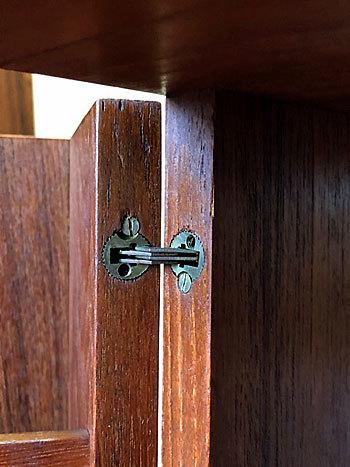 Bar cabinet_c0139773_15131899.jpg
