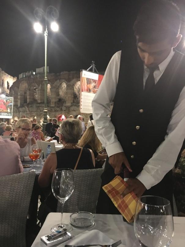 2019夏のイタリア旅行記20 アレーナの野外オペラ_d0041729_22435994.jpg