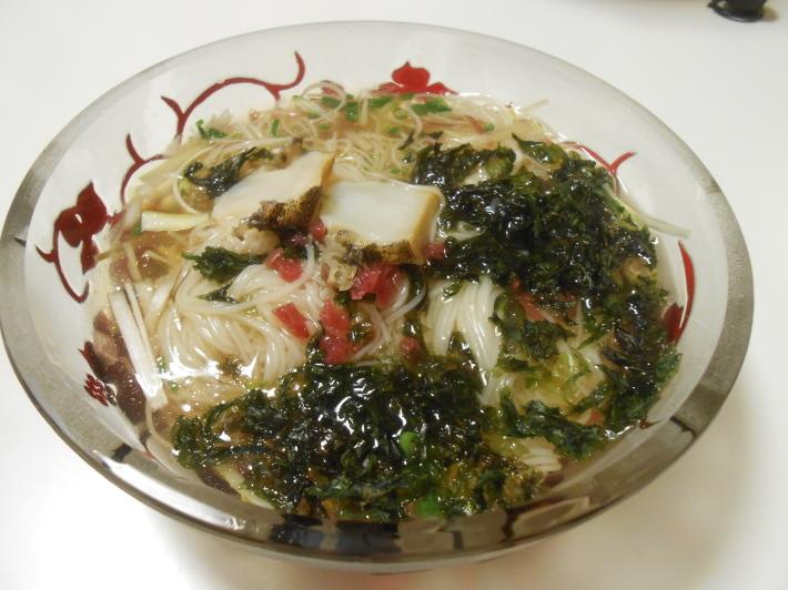 イシガキ貝とアワビでバスク地方のチャコリを飲みました。_a0095931_10492804.jpg