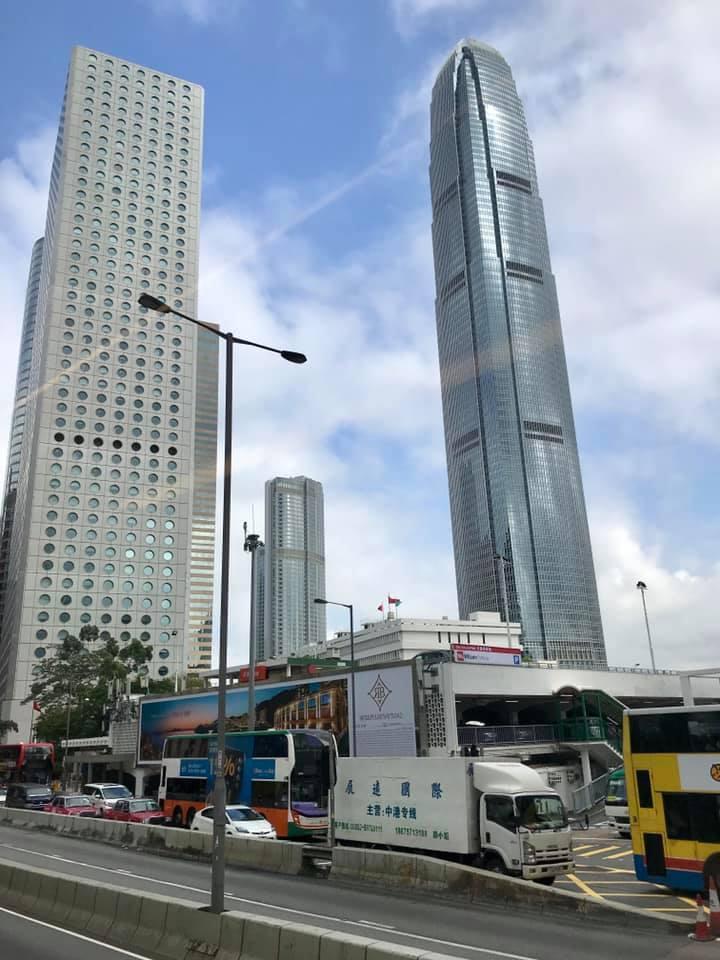 香港国際空港へ_d0166534_07275685.jpg