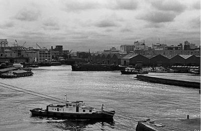 昔々、横浜で。/山下埠頭の夜はふけて──ミナトの親父_c0109850_17143341.jpg