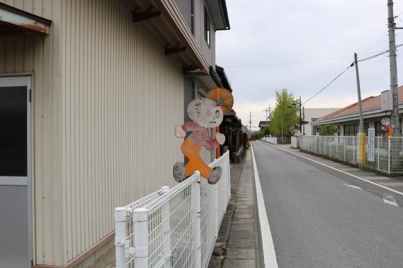 豊郷町の飛び出し坊やをテンポよく_c0001670_22501260.jpg